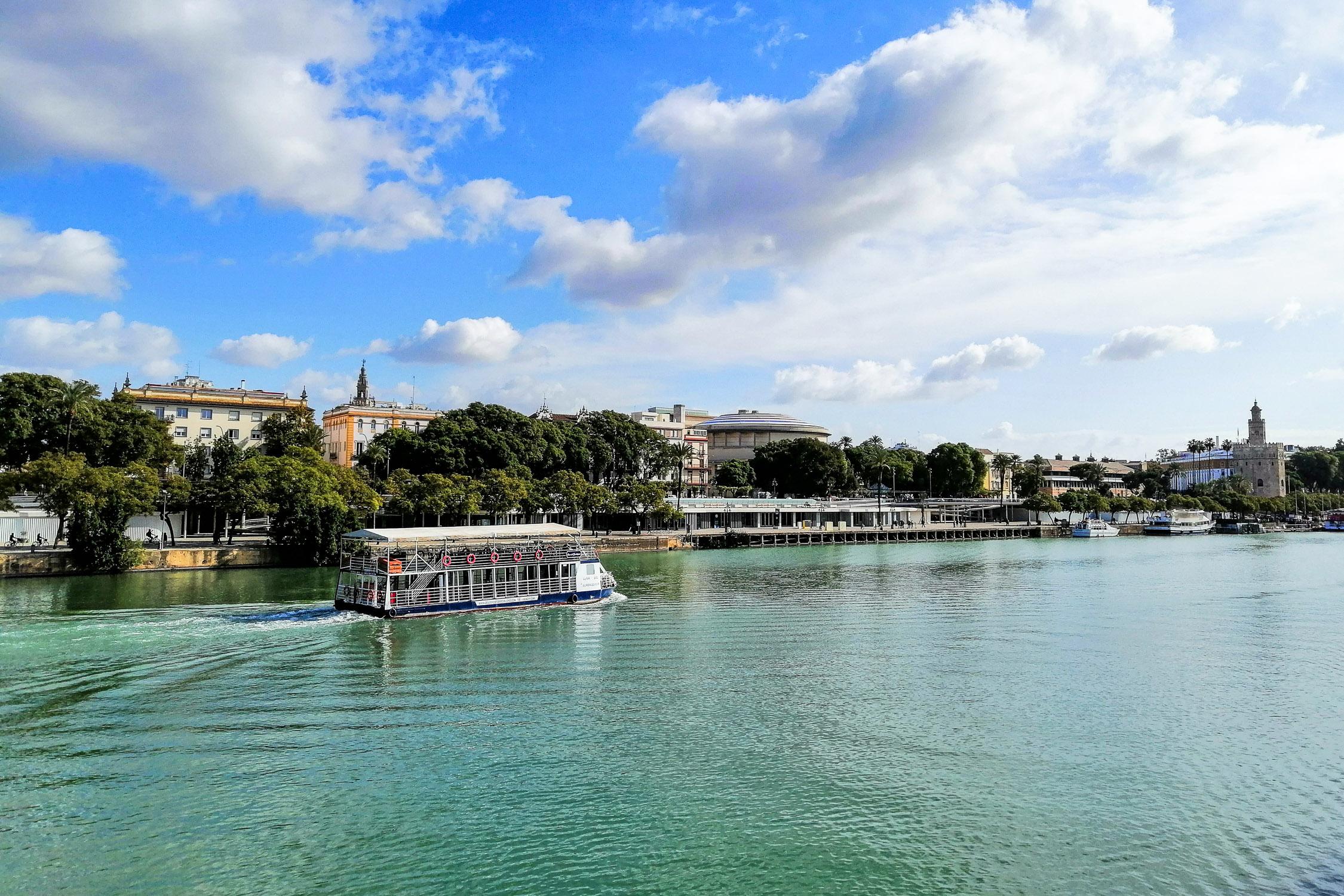 Sevilla Fluss River