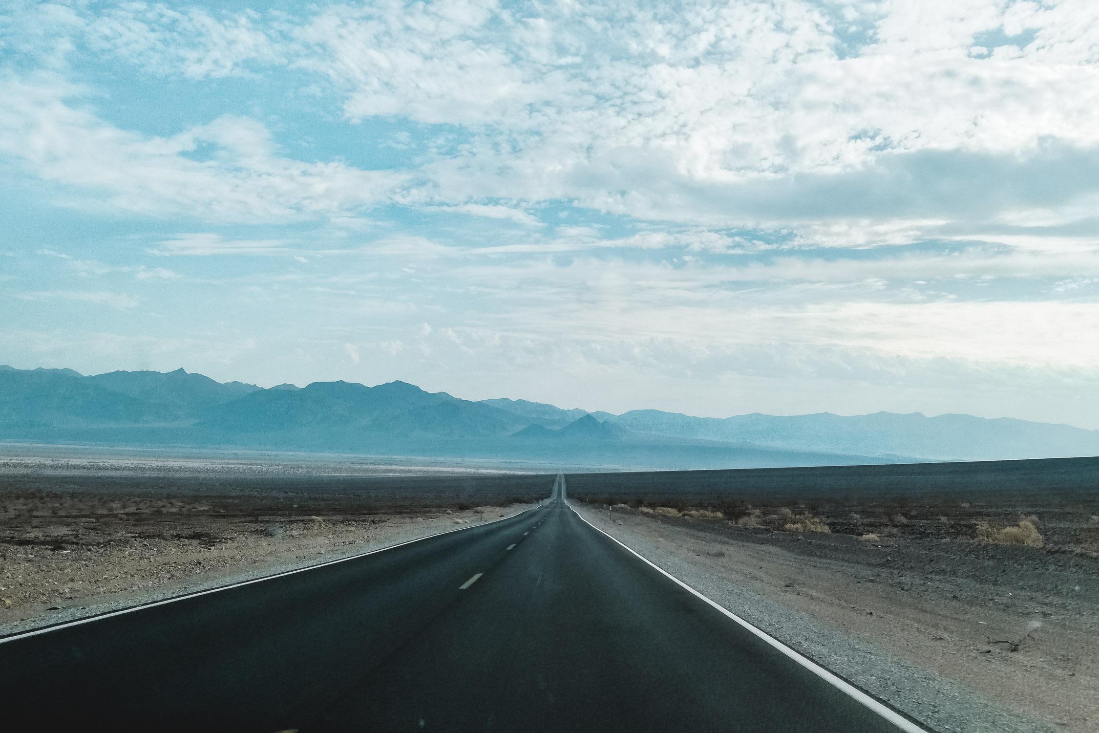 Weite Aussicht auf Highway in Las Vegas