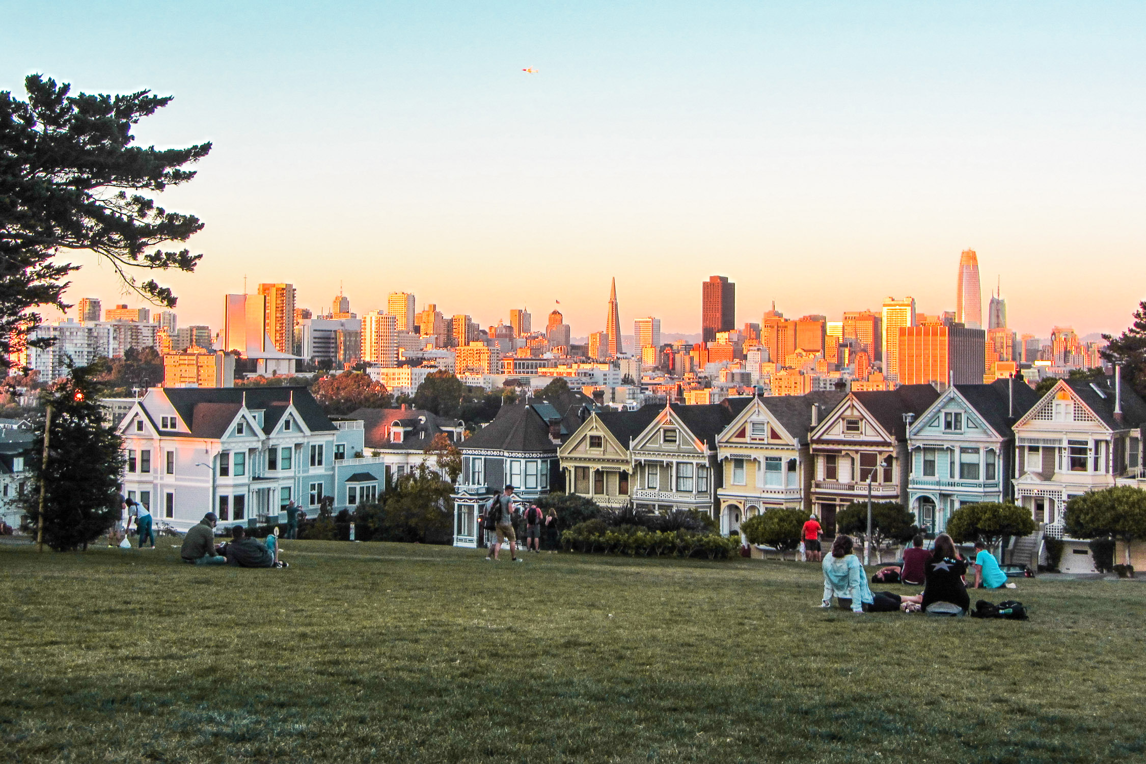 Painted Ladies im Sonnenuntergang San Francisco